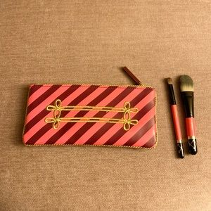 MAC Travel Size Brushes and Cosmetic Bag